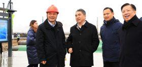 2019年12月25日,市委书记项雪龙、市长方伟等实地观摩项目建设情况。