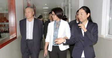 中共中央宣传部版权管理局副局长赵秀玲调研盛虹集团