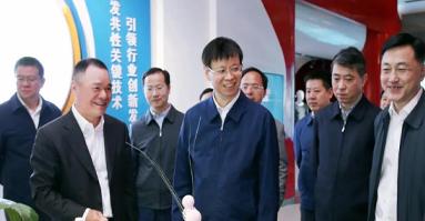 江苏省委常委、苏州市委书记许昆林调研盛虹集团